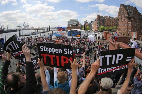 stop ttip foto